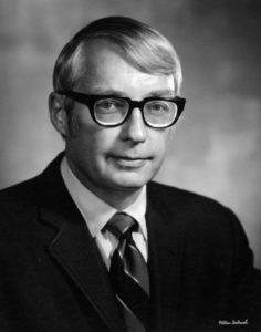Harold Seaerles : portrait